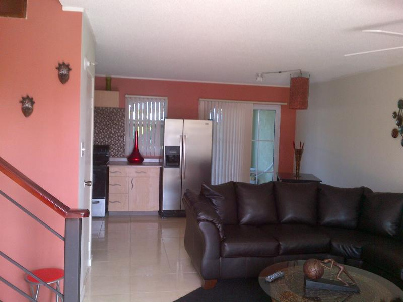 Short term rental house rent portmore ad 671465 for Bathroom designs jamaica