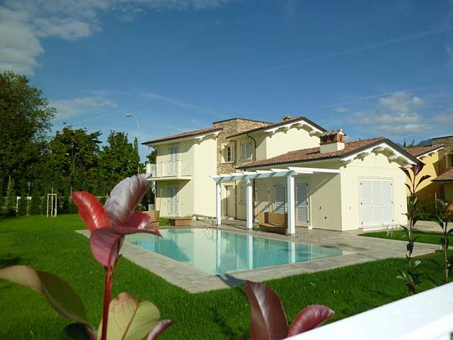 Buy a house in Pisa cheap