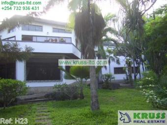 Diani 6br beach house on 1 acre Mombasa