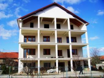 LARGE UNFINISHED TOWN HOUSE Kumanovo