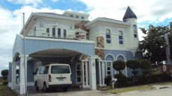 FRENCH INSPIRED HOMES NEAR PASEO Sta Rosa City