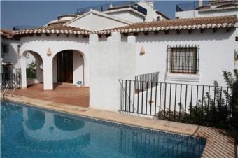 Like new, a great value villa Pego
