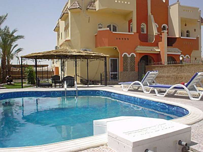 appartment with private swimming Hurghada