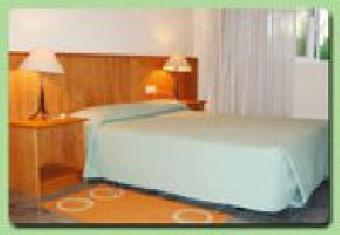 SHORT & LONG TERM HOTEL ROOMS Accra