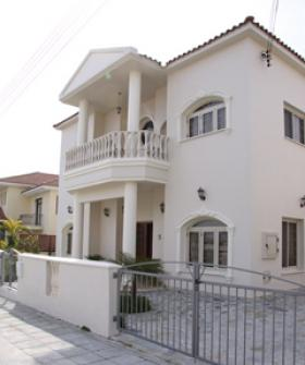 4 sale by Owner - great location Larnaca
