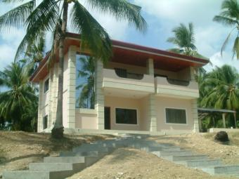 House & Lot 75Km From Cebu City Argao