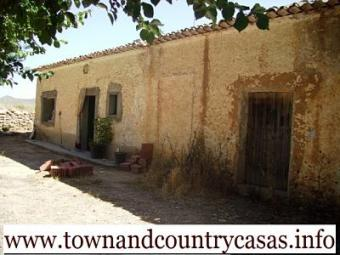 Bargain! Country Home for  20k?? Caudete