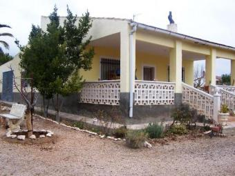 Caudete, 3 Bedroom Country House Alicante
