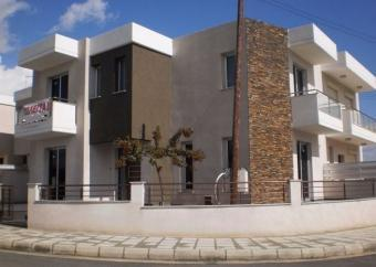 HOUSE FOR SALE IN LIMASSOL Ypsonas