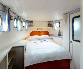 Olympic Cabin on lovely barge London
