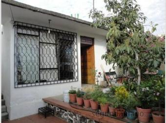 I am selling 2 houses together Cuernavaca