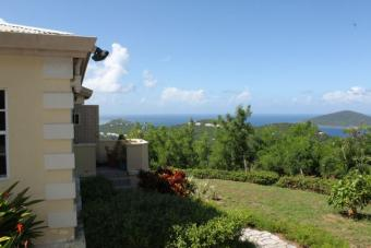 Gorgeous,freshly renovated three Charlotte Amalie