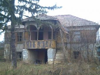 Invest-2 two-storey rural houses Vratsa County