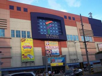 ST.FRANCIS SQUARE MALL Mandaluyong