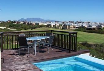 Luxurious Golf Course Living Cape Town