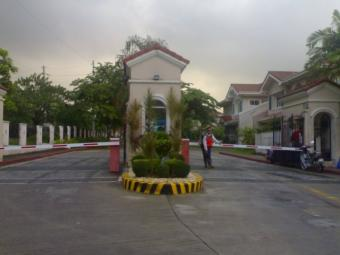 Villa in Ferndale Village Mapaya Quezon City