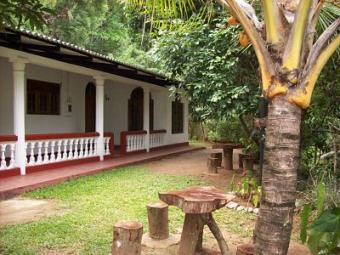 Holiday Bungalow with Estate Kandy