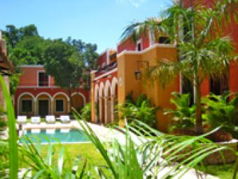 Colonial houses to rent Merida