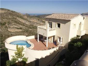 A lovely villa built in 2005 Pedreguer