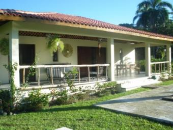 Within 150m from a sandy beach Magante