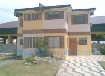 3 bedroom house at Cypress Cavite