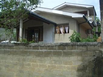 A house and land RENT OR SELL Hikkaduwa   Galle