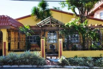 For Sale: H & L Bungalow Type Zapote