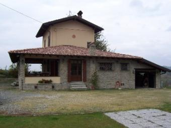 detached country house Ovada