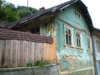 Old house for land-Brasov center Brasov