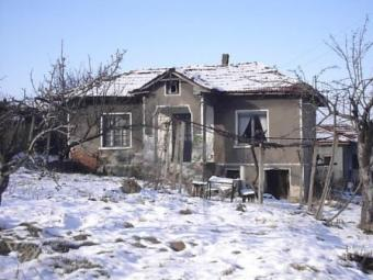 Rural house - a real bargain! Pazardzhik