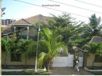 For Rent - Exec Home At Spintex Spintex   Accra