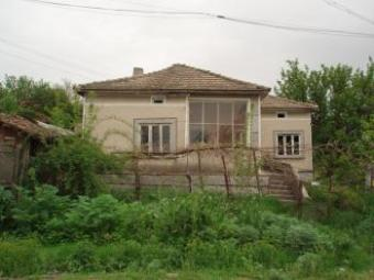 Old rural house in Bulgaria Dobrich