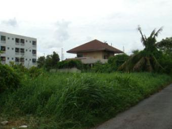 Land for sale near suvanabhumi Bangkok
