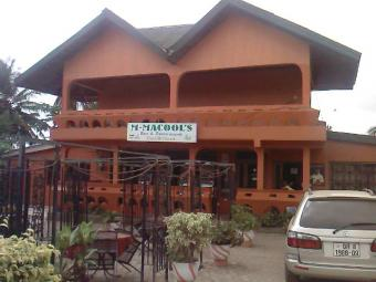 LIVE AND WORK RESTAURANT FOR REN Accra
