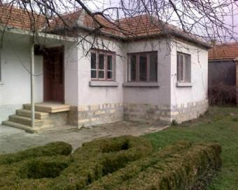 CHEAP HOUSE-BIG YARD Varna