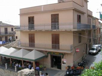 Apartment & Bar in Sicily - Di N Cianciana
