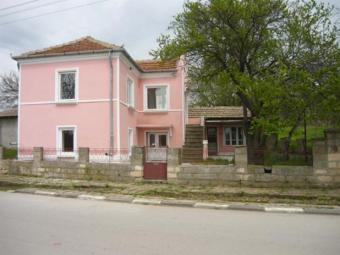 Renovated country house Dobrich