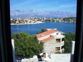 APARTMENTS IN PUNTINAK Brac