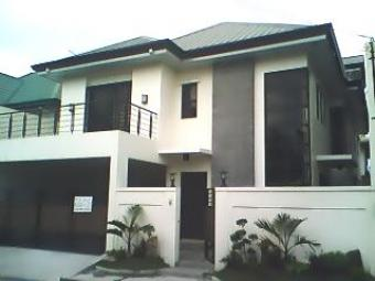 House and Lot with Swimming Pool Pasig