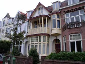 Furnished 2 room appartment incl The Hague