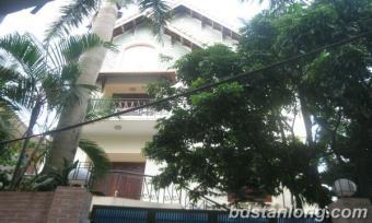 House with lake view for rent Hanoi