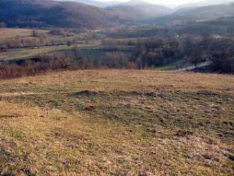 Plot with a mountine view! Elena