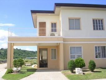 Pines Th with Terrace 3bdr 2bath Cavite