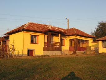 Beautiful one-storey house. Ruse