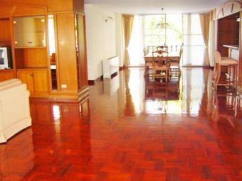 Apartment / Condo on Sukhumvit 1-21 (Nana-Asoke) Bangkok