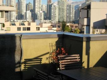 4 BR Executive Condo Near Water Vancouver