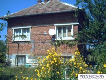 Cheap ready for living house Vratsa County