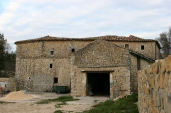 Beautiful silk farm to renovate Uzes