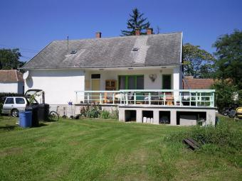 Family House 9833 Csehi