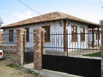House in Kalimantsi village near Kalimantsi